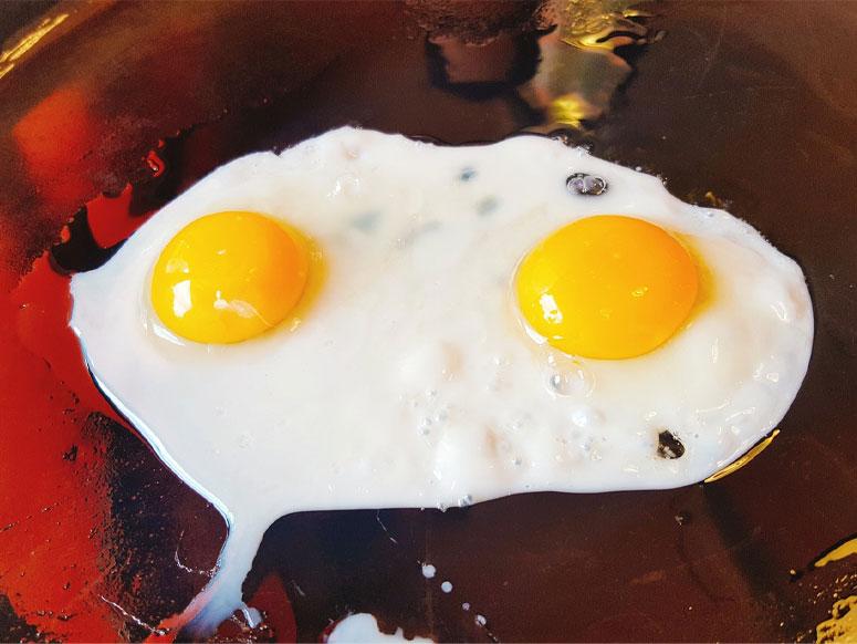 Sahanda yumurta pişirmenin puf noktası